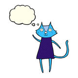 schwarze Katze der netten Karikatur, die mit Gedankenblase wellenartig bewegt Lizenzfreies Stockbild
