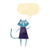 schwarze Katze der netten Karikatur, die mit Spracheblase wellenartig bewegt Lizenzfreie Stockbilder