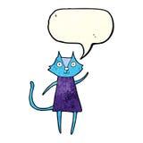 schwarze Katze der netten Karikatur, die mit Spracheblase wellenartig bewegt Stockbild