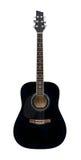 Schwarze klassische Akustikgitarre lokalisiert auf einem weißen Hintergrund Stockfotos