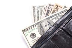 Schwarze lederne Geldbörse mit Geld Stockfoto