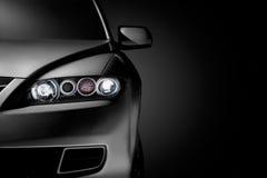 Schwarze moderne Autonahaufnahme Lizenzfreies Stockfoto