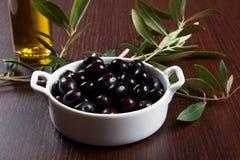Schwarze Oliven Stockbild