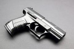 Schwarze Pistole Lizenzfreie Stockfotos