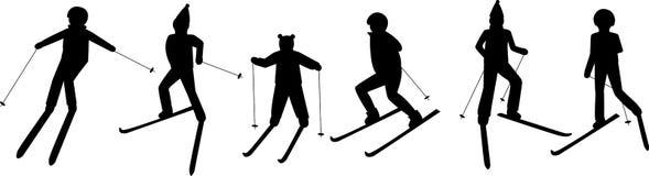 Schwarze Schattenbilder von Ski fahrenden Leuten: Mann; Frau; Kind Wintersportspiele stock abbildung