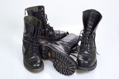 Schwarze Schuhe Lizenzfreie Stockbilder