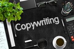 Schwarze Tafel mit Copywriting-Konzept Wiedergabe 3d Lizenzfreie Stockfotos