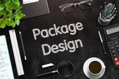 Schwarze Tafel mit Verpackungsgestaltungs-Konzept Wiedergabe 3d Lizenzfreies Stockbild