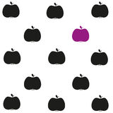 Schwarze und violette Äpfel Stockbild