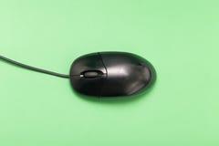 Schwarze USB-Maus mit Kabel Stockfotos