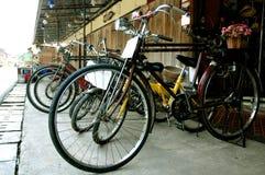 Schwarze Weinlese, klassisches Fahrrad Stockbild