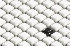 Schwarzer Block unter weißen clowds stockbilder