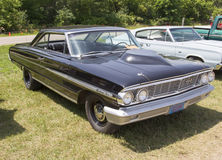 1954 schwarzer Ford Galaxie Stockfoto