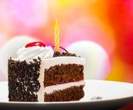 Schwarzer Forest Gateau Indicates Chocolate Cake und appetitanregend lizenzfreie stockfotografie