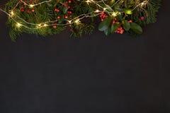 Schwarzer horizontaler Kopienraum für Weihnachtsgrüße Stockfotos