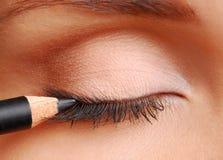 Schwarzer kosmetischer Bleistift Lizenzfreies Stockfoto