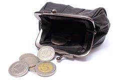 Schwarzer lederner Geldbeutel mit Münzen Weißer Hintergrund Stockbilder