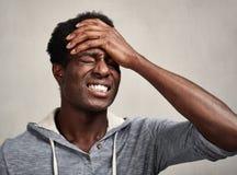 Schwarzer Mann der Krise Lizenzfreie Stockfotografie