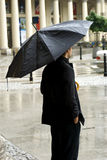 Schwarzer Regenschirm Stockfoto