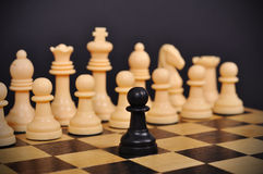 Schwarzer Schachpfandgegenstand lizenzfreie stockbilder