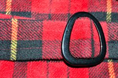 schwarzer Schnallenmanteldetail-Taillengurt stockbild