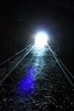 Schwarzer Tunnel lizenzfreie stockfotos
