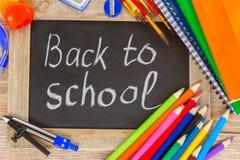 Schwarzes Brett mit zurück zu Schule Lizenzfreie Stockfotos