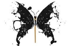 Schwarzes Farbenspritzen und -malerpinsel machten Schmetterling Stockfoto