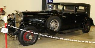 1928 schwarzes Hispano Suiza Antikenfahrzeug Stockbilder