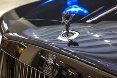 Schwarzes Luxusauto-konvertierbare Rolls- Roycedämmerung auf Ausstellung Mitte BMW-BORTE, München, Deutschland Lizenzfreie Stockfotos