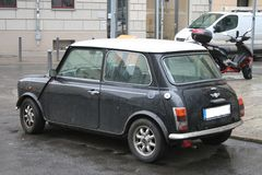 Schwarzes Mini Cooper Lizenzfreie Stockfotos