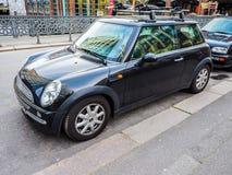 schwarzes Miniauto in Hamburg-hdr Lizenzfreies Stockbild