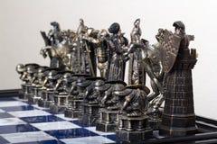 Schwarzes Schach auf dem Brett stockbild