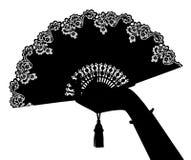 Schwarzes Schattenbild von Frau ` s Hand mit dem offenen Fan lokalisiert auf Weiß vektor abbildung