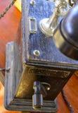 Schwarzes Telefon der Weinlese lizenzfreie stockbilder