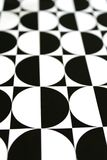 Schwarzes u. weißes geometrisches Mustervertikale backgroun Lizenzfreie Stockfotografie