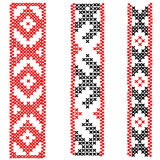 Schwarzes und rotes Kreuz nähen Verzierungen, Stickereidesign Lizenzfreies Stockfoto
