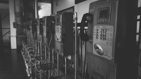 Schwarzes weißes Telefon Lizenzfreie Stockfotos