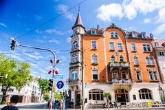 Schwarzwald Friburgo-in-Brisgovia Agosto 2017 Viste nella vecchia città Friburgo-in-Brisgovia dello studente La Germania in fores immagine stock libera da diritti