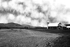 Schwarzweiss-Bauernhof-Landschaft lizenzfreies stockbild