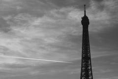 Schwarzweiss-Bild des Eiffelturms Lizenzfreie Stockbilder