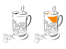 Schwarzweiss-Bild eines Glases in einem Glashalter Lizenzfreies Stockfoto