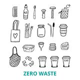 Schwarzweiss-Gekritzelelemente des null überschüssigen Lebens Von Hand gezeichnete Tasche, Kamm, Brotdose, Seife und andere Sache stock abbildung