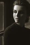 Schwarzweiss-glamor Frauenportrait Schönes Gesicht lizenzfreie stockfotos