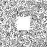 Schwarzweiss-Hand gezeichnetes Muster mit Blumen Kritzeln Sie Hintergrund für Netz, Printmedien entwerfen, Einladung, Malbuch Stockfoto