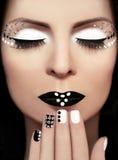 Schwarzweiss-Make-up. stockbild