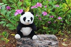 Schwarzweiss-Pandapuppe lizenzfreies stockfoto
