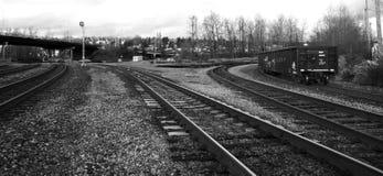 Schwarzweiss-Schienen-Yard stockfotos