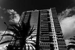 Schwarzweiss-Turm-Block Stockfotos
