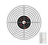 Schwarzweiss-Ziel mit roten Löchern Lizenzfreie Stockbilder